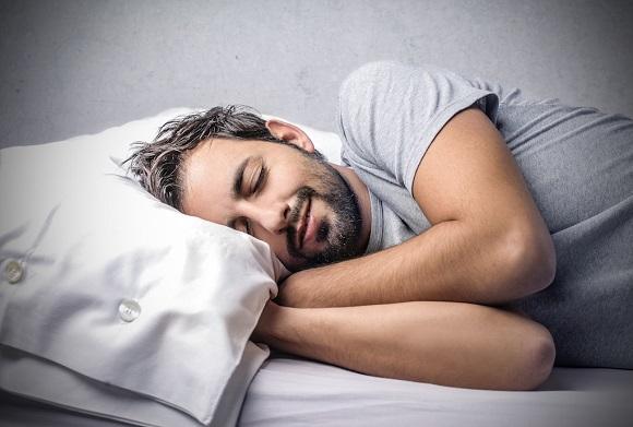 空腹時や就寝前のタイミング