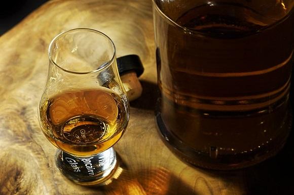 アルコールの過剰摂取